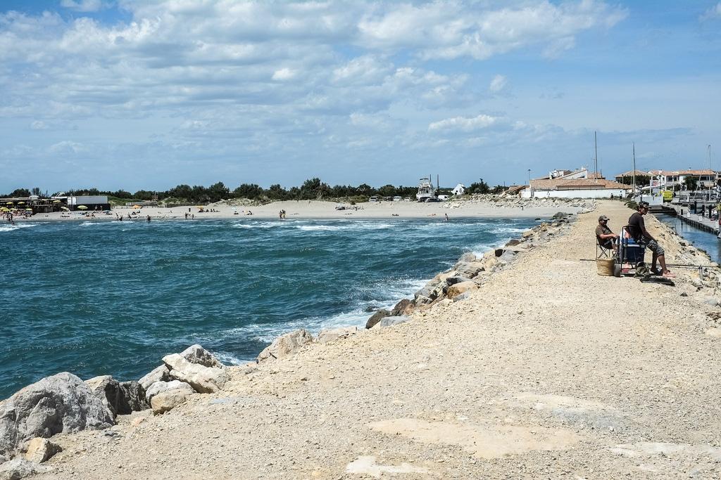 Пляж Caинтес-Мариес-де-ла-Мер во Франции, фото 1