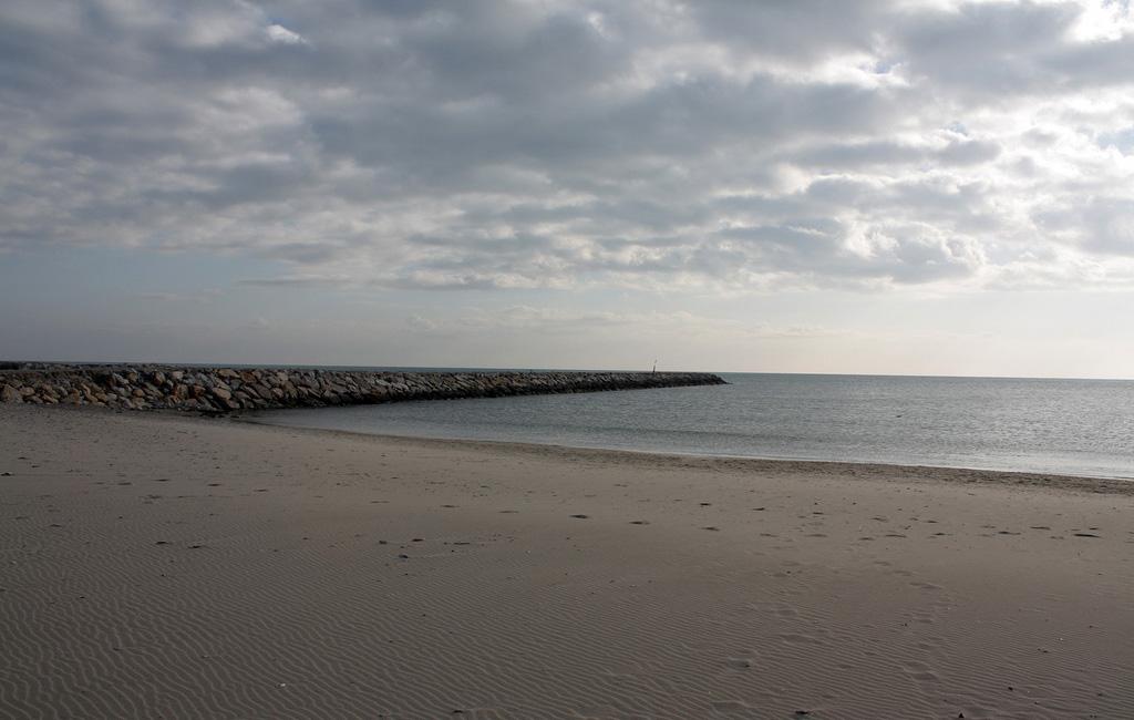 Пляж Caинтес-Мариес-де-ла-Мер во Франции, фото 4