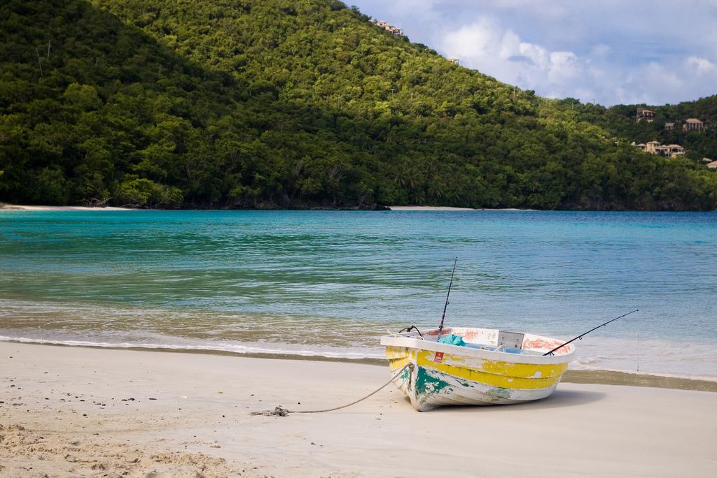 Пляж Циннамон Бей на Американских Виргинских островах, фото 1
