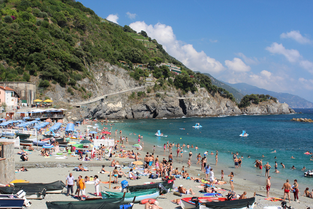 Пляж Монтероссо аль Маре в Италии, фото 1