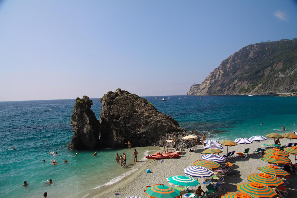 Пляж Монтероссо аль Маре в Италии, фото 2