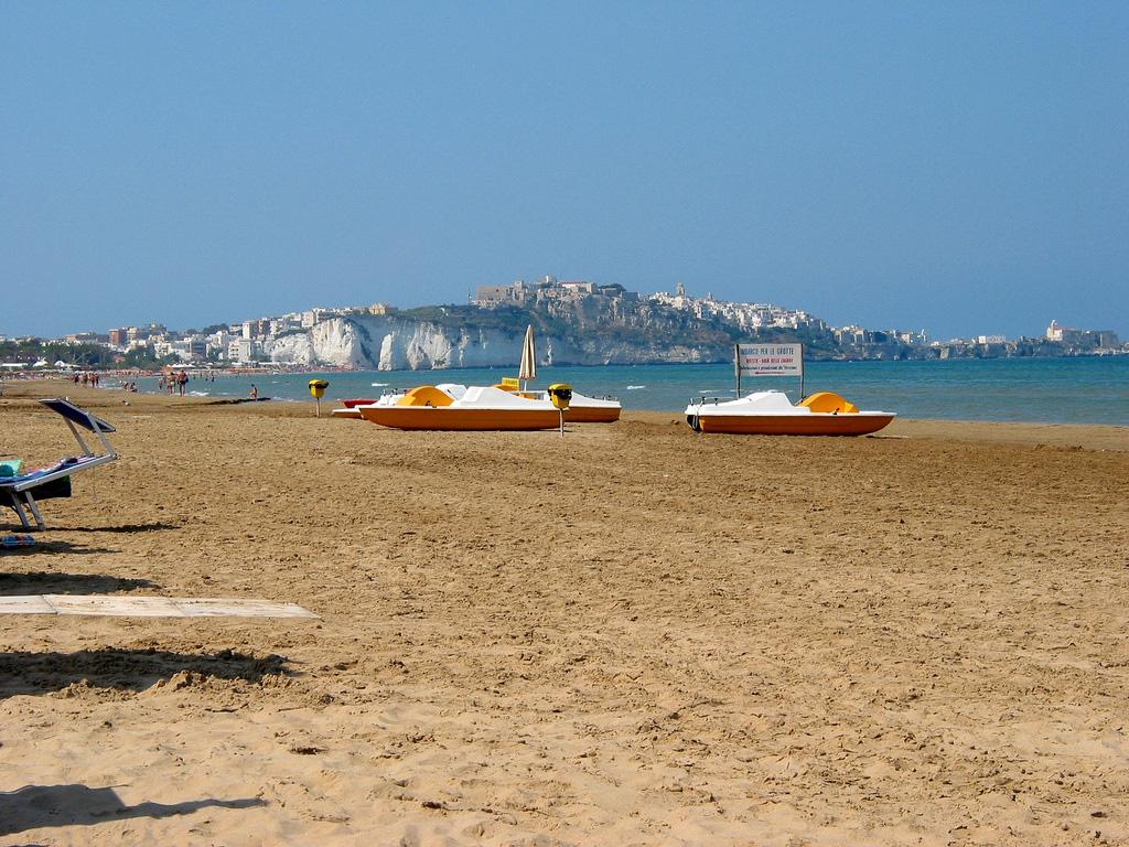 Пляж Вьесте в Италии, фото 1