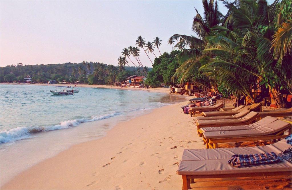 Пляж Хиккадува в Шри-Ланке, фото 7