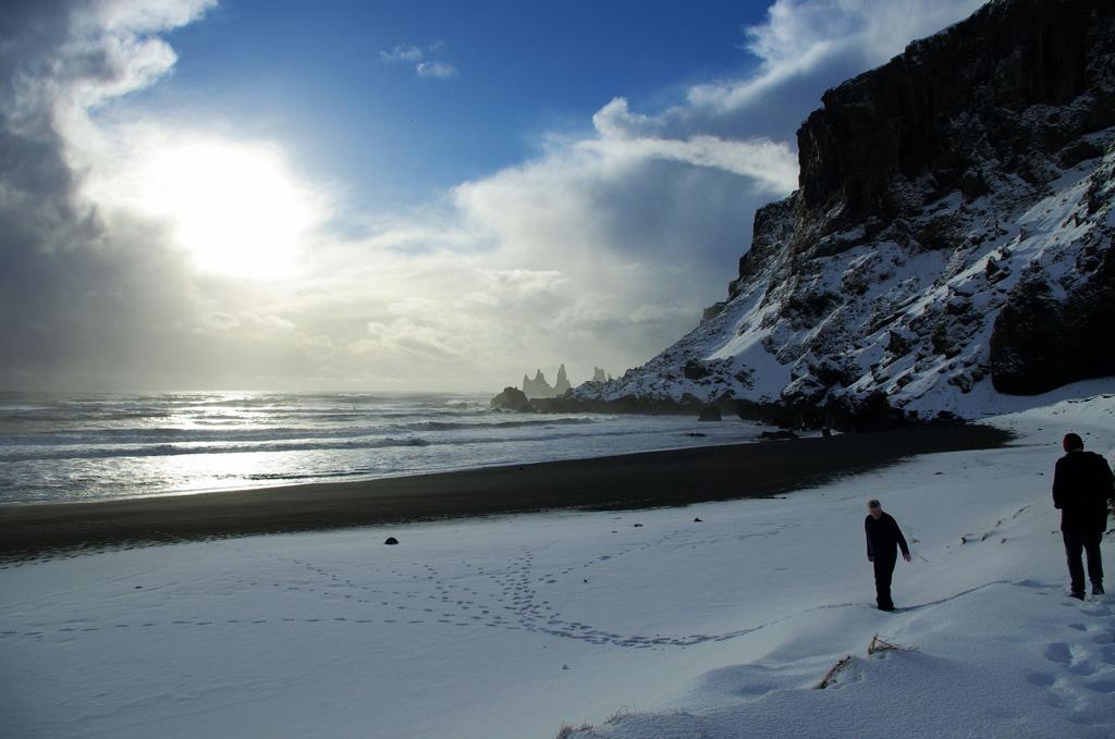 Пляж Блек Бич в Исландии, фото 2