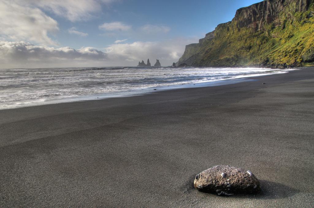 Пляж Блек Бич в Исландии, фото 4