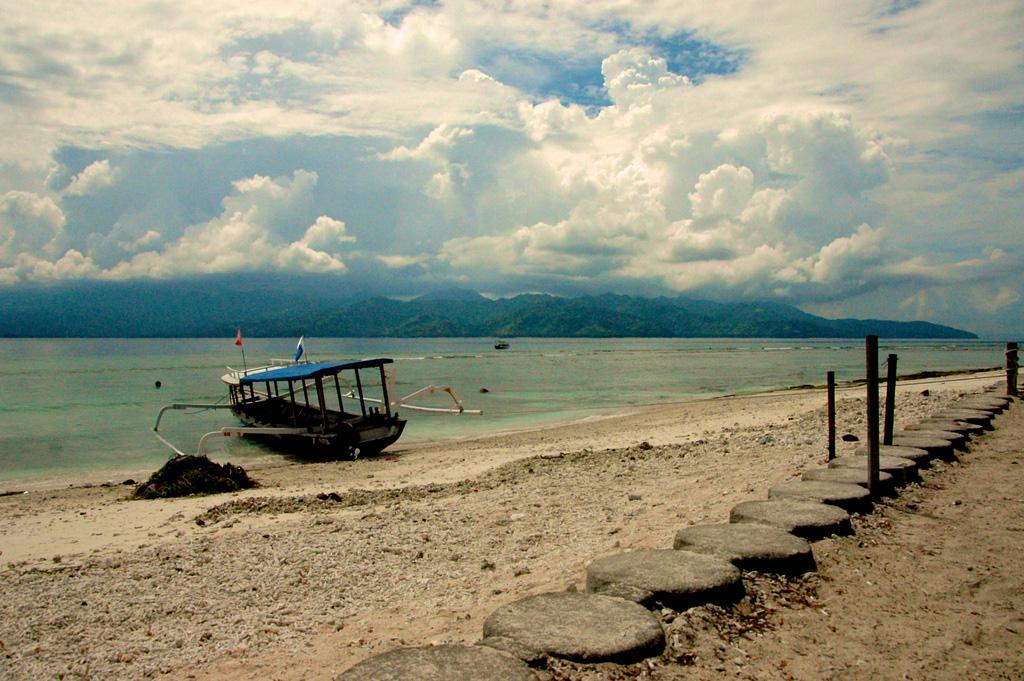 Пляж Гили-Траванган в Индонезии, фото 2