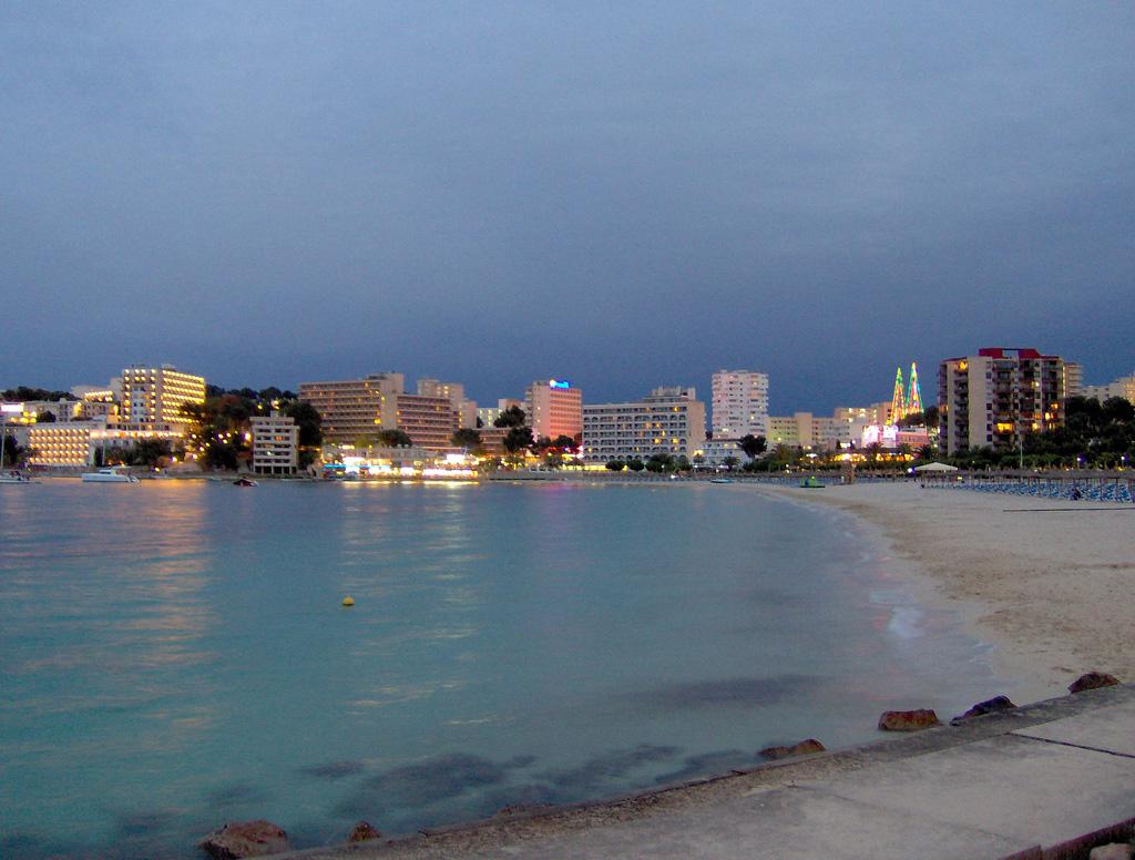 Пляж Пальма Нова в Испании, фото 5