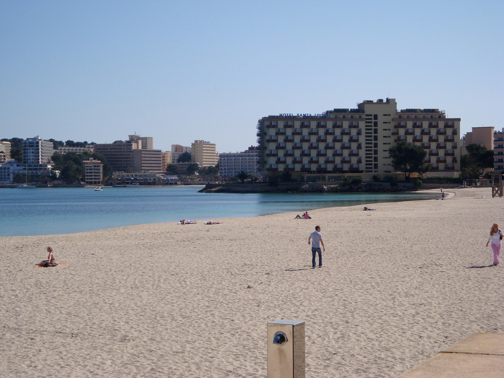 Пляж Пальма Нова в Испании, фото 7