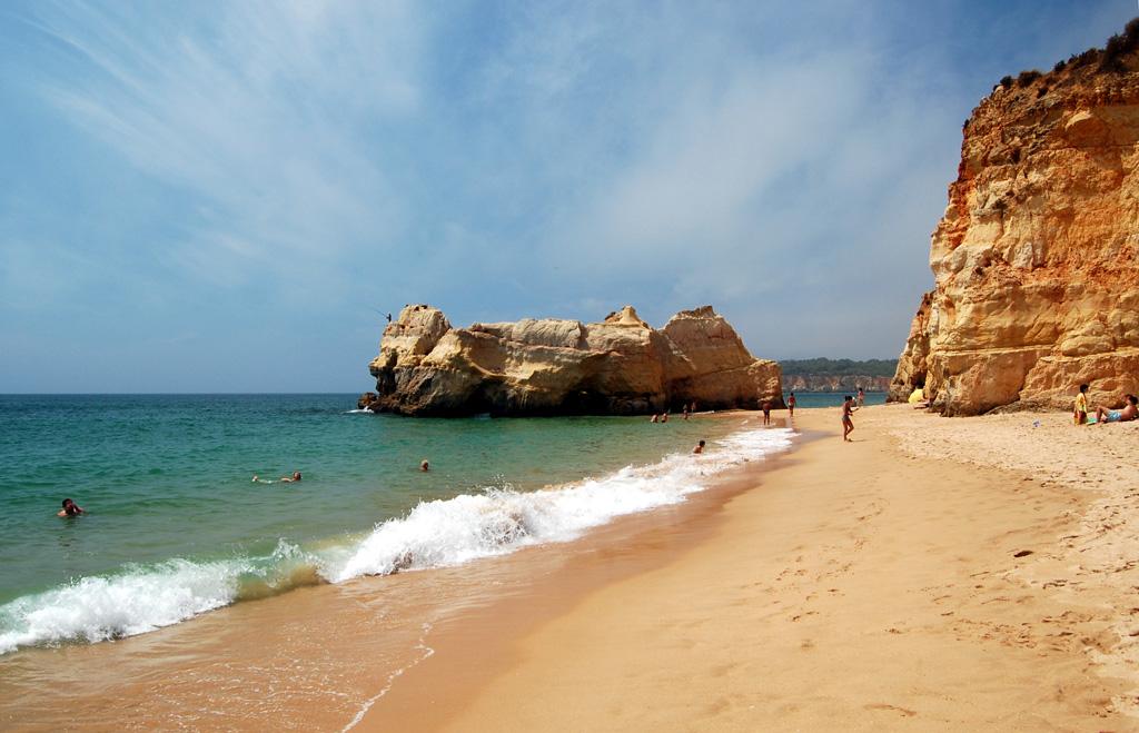 Пляж Прайя да Роша в Португалии, фото 1