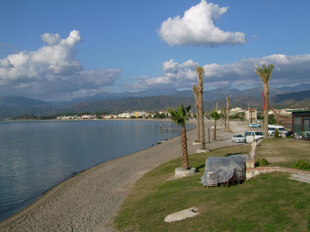 Пляж Чалыш в Турции, фото 14