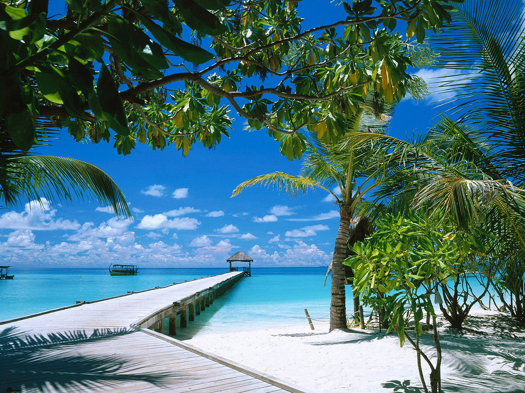Пляж Конрад Рангали на Мальдивах, фото 1