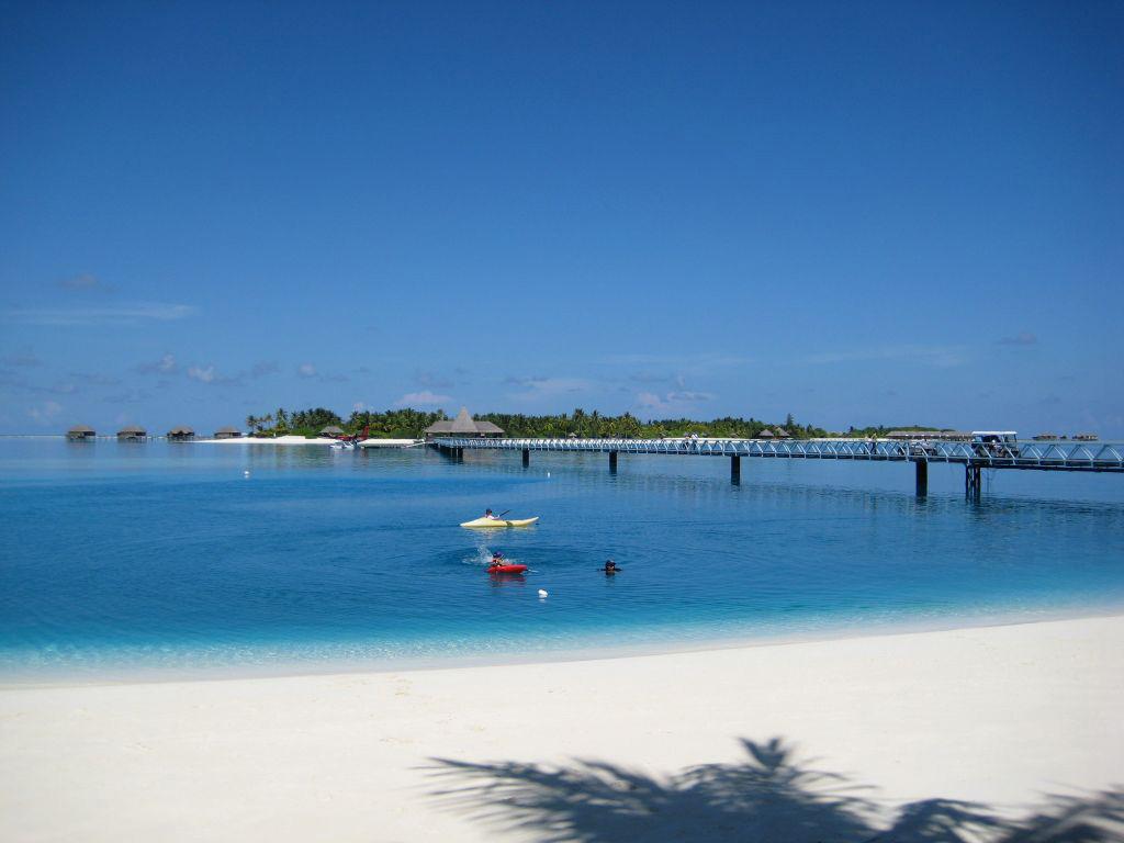 Пляж Конрад Рангали на Мальдивах, фото 13