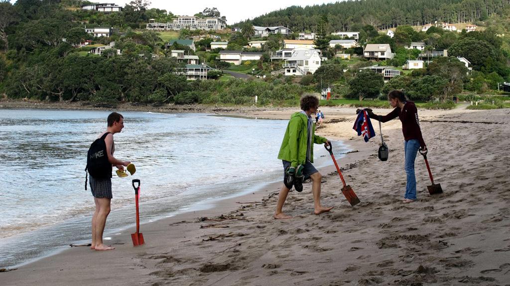 Пляж Хот-Вотер Бич в Новой Зеландии, фото 8