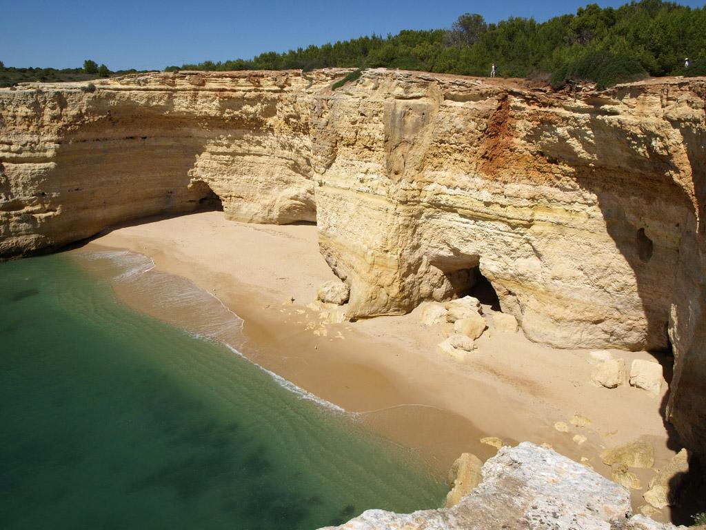 Пляж Бенагил в Португалии, фото 2