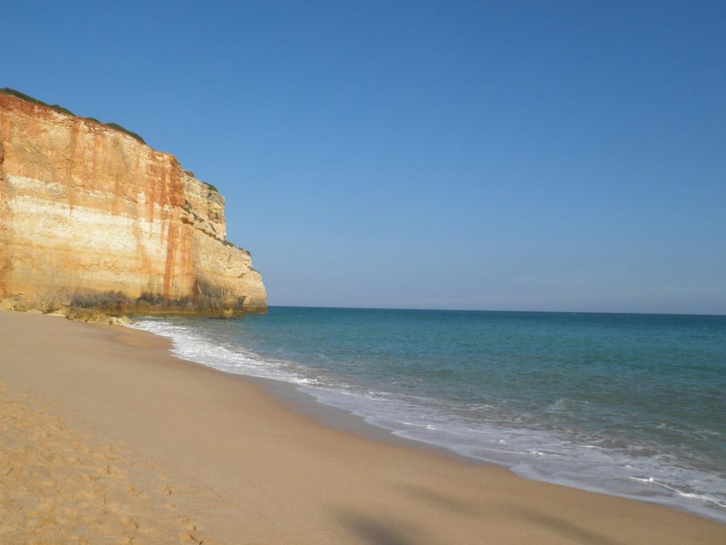 Пляж Бенагил в Португалии, фото 10