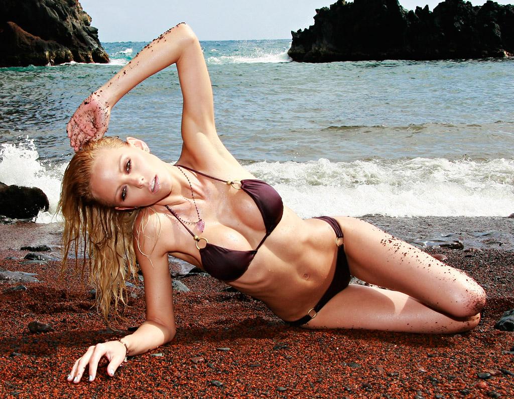 Пляж из красного песка в США, фото 1
