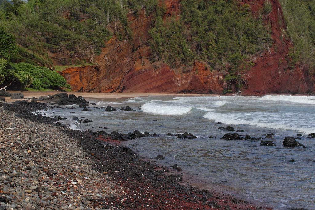 Пляж из красного песка в США, фото 7
