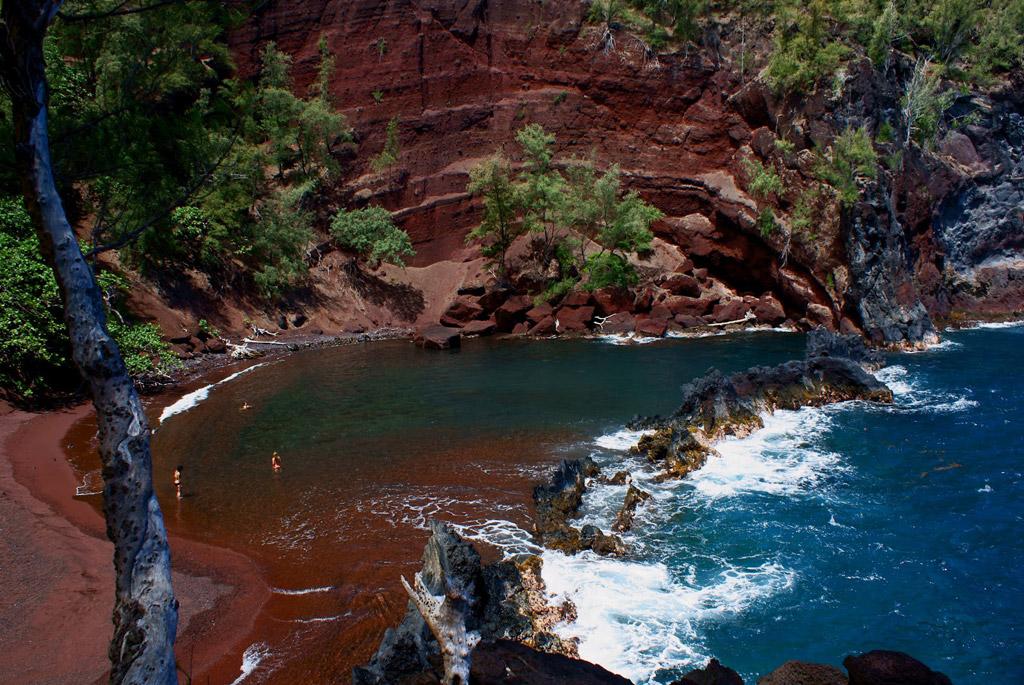 Пляж из красного песка в США, фото 12