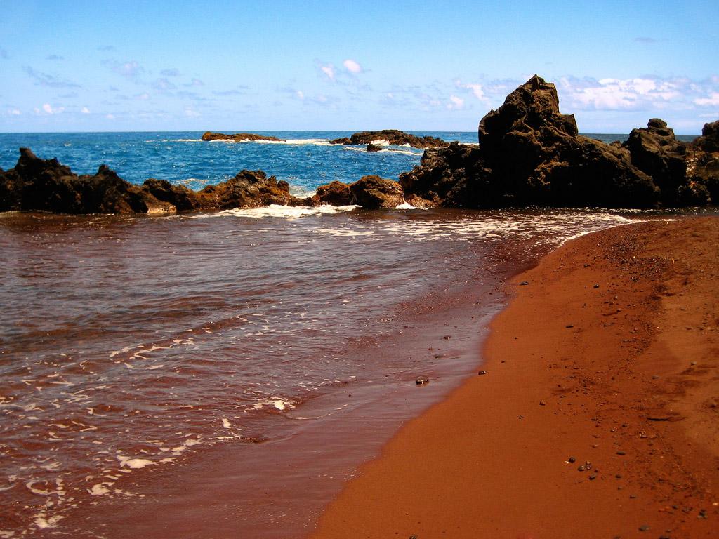 Пляж из красного песка в США, фото 13