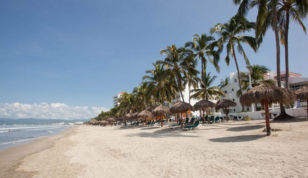 Пляж Нуэво-Вальярта в Мексике, фото 1