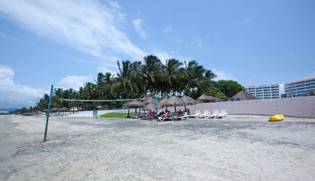 Пляж Нуэво-Вальярта в Мексике, фото 5
