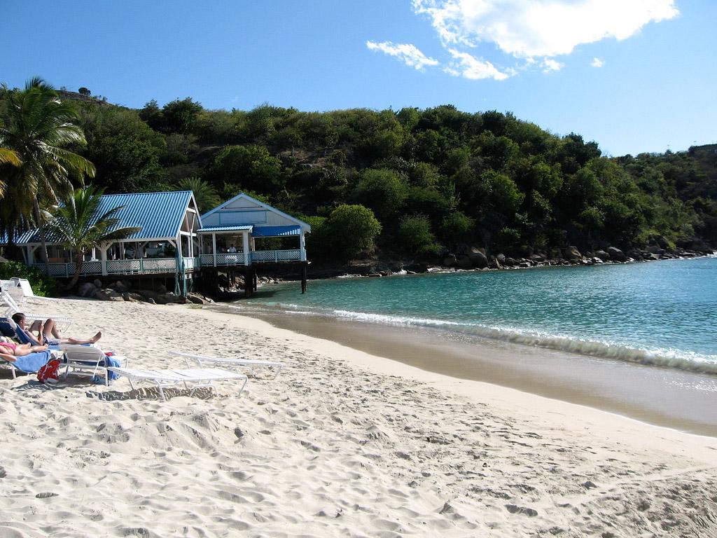 Пляж Дип Бэй на Британских Виргинских Островах, фото 17