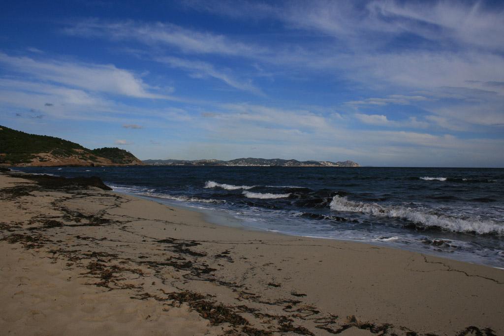 Пляж Каваллет в Испании, фото 8