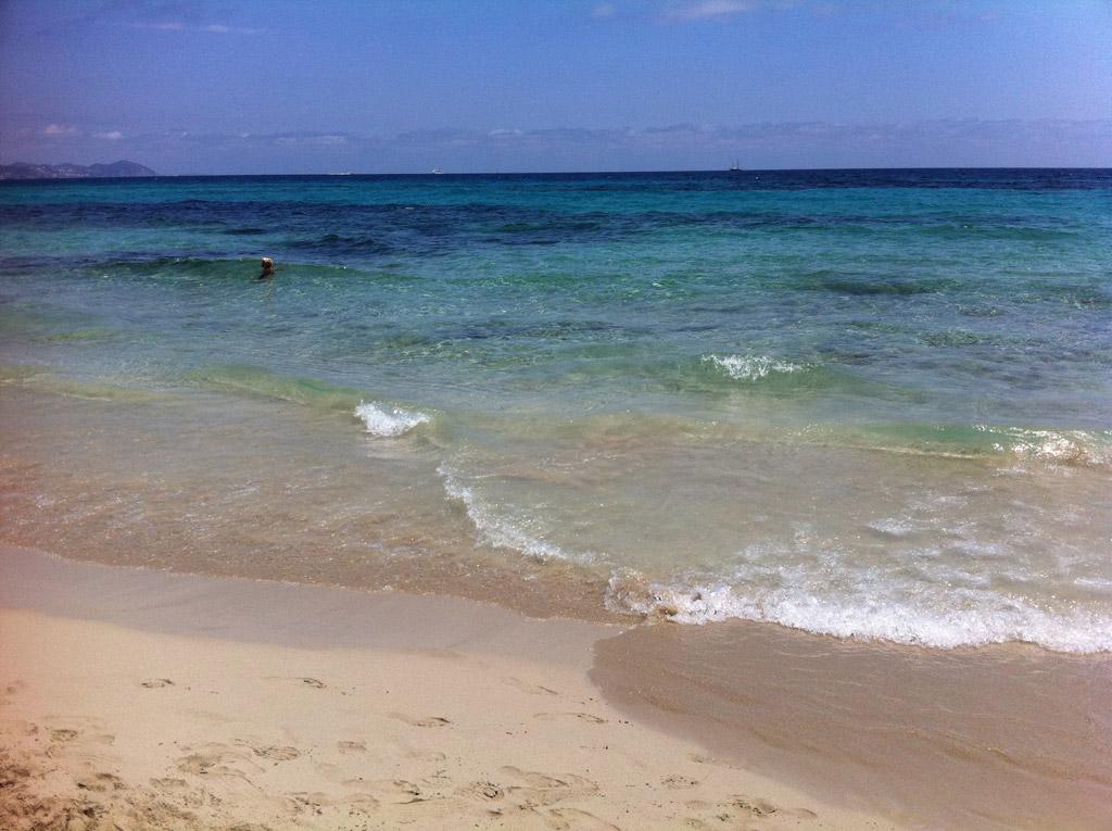 Пляж Каваллет в Испании, фото 10
