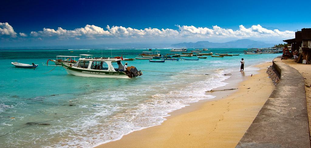Пляж Нуса-Лембонган в Индонезии, фото 1