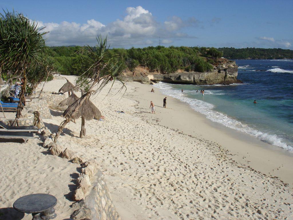 Пляж Нуса-Лембонган в Индонезии, фото 4