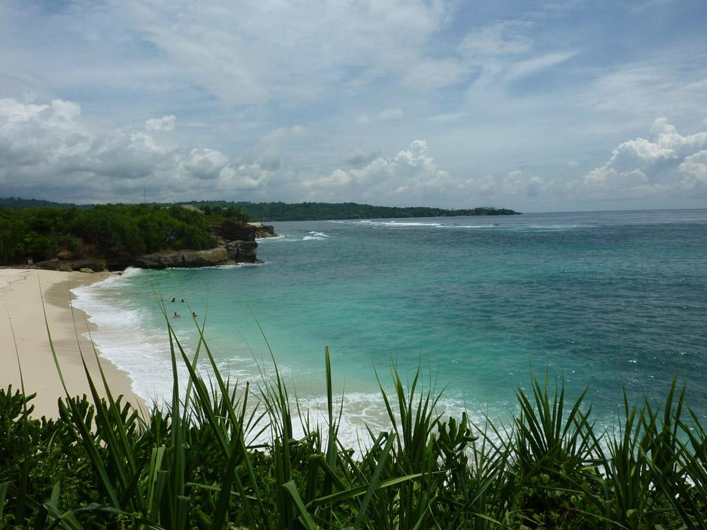 Пляж Нуса-Лембонган в Индонезии, фото 7