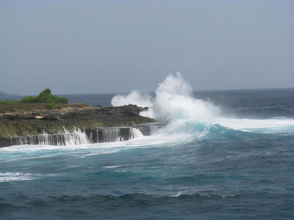 Пляж Нуса-Лембонган в Индонезии, фото 9