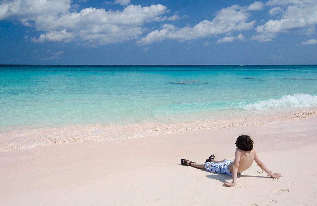 Пляж Пинк Сэндс на Багамских Островах, фото 10