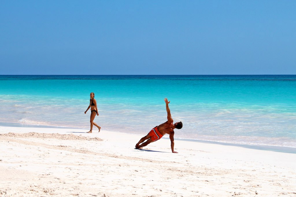 Пляж Пинк Сэндс на Багамских Островах, фото 12