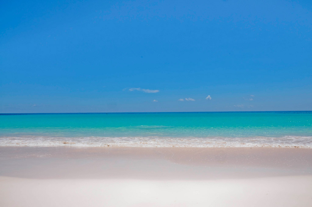 Пляж Пинк Сэндс на Багамских Островах, фото 14