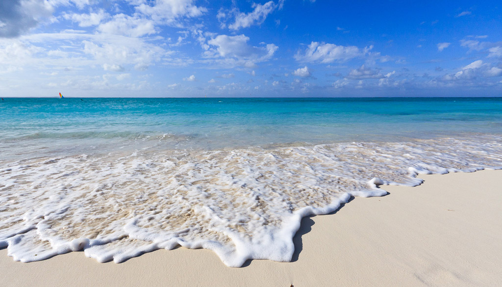 Пляж Теркс и Кайкос на Карибских Островах, фото 16