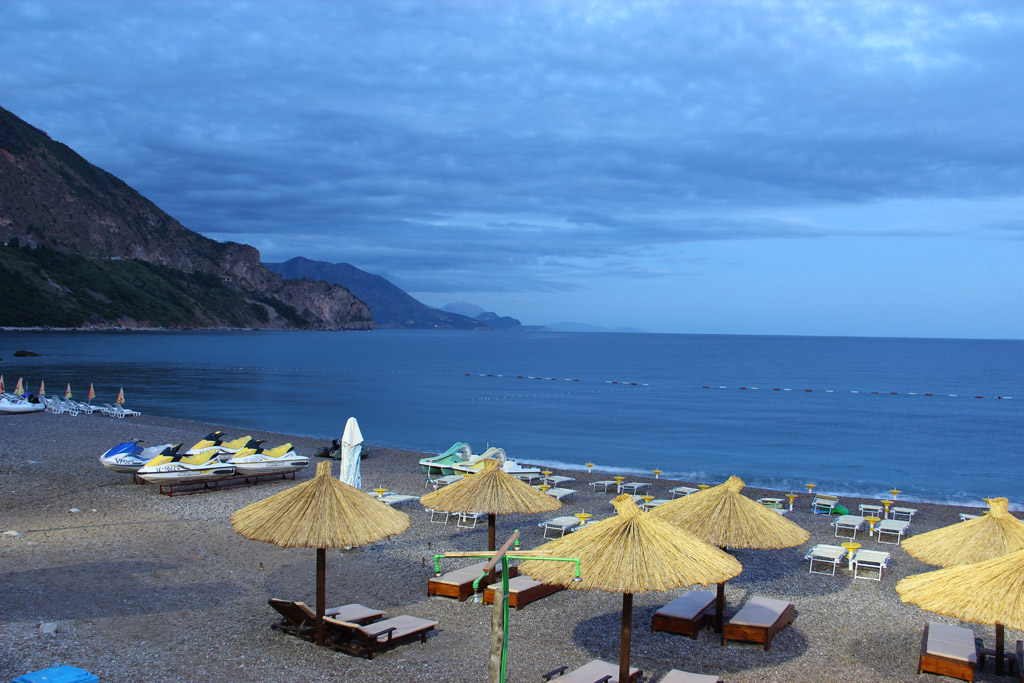 Пляж Яз в Черногории, фото 1