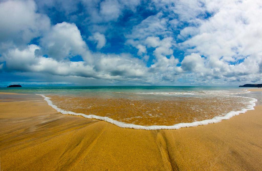 Пляж острова Порту-Санту в Португалии, фото 1