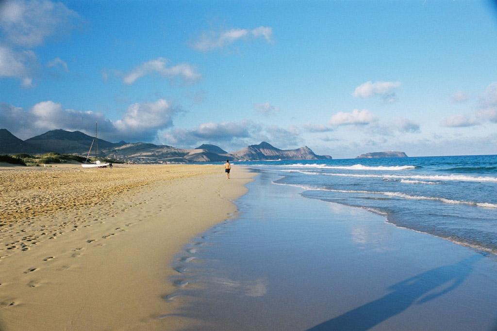Пляж острова Порту-Санту в Португалии, фото 3