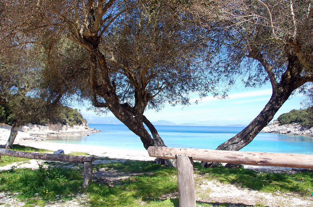 Пляж Эмблиси в Греции, фото 5