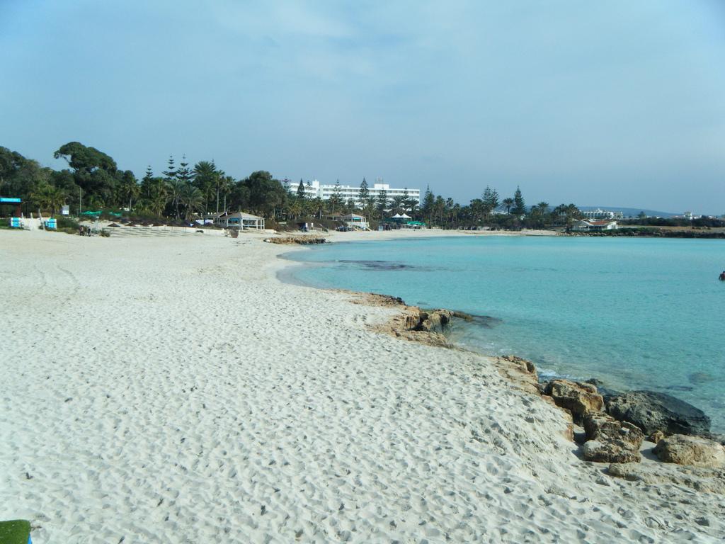 пляж нисси фото
