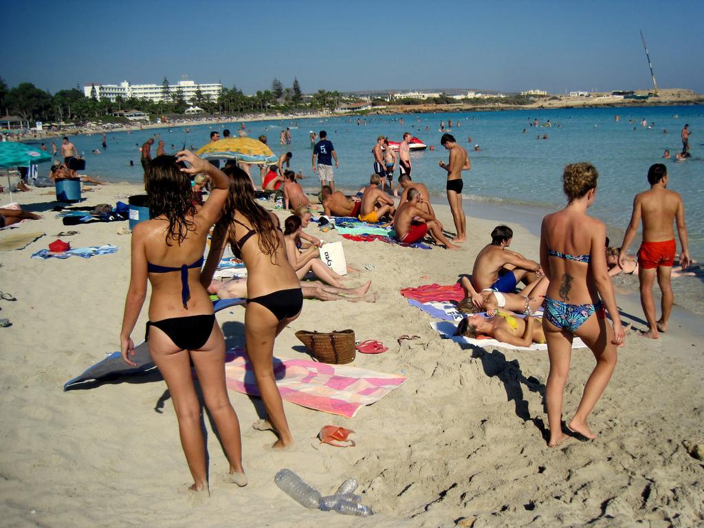 Пляж Нисси на Кипре, фото 1