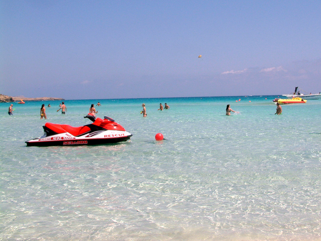 Пляж Нисси на Кипре, фото 8