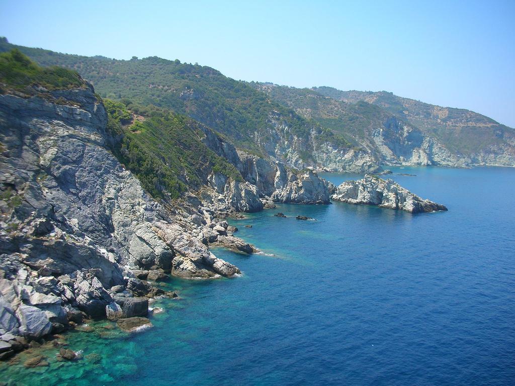 Пляж острова Скопелос в Греции, фото 17
