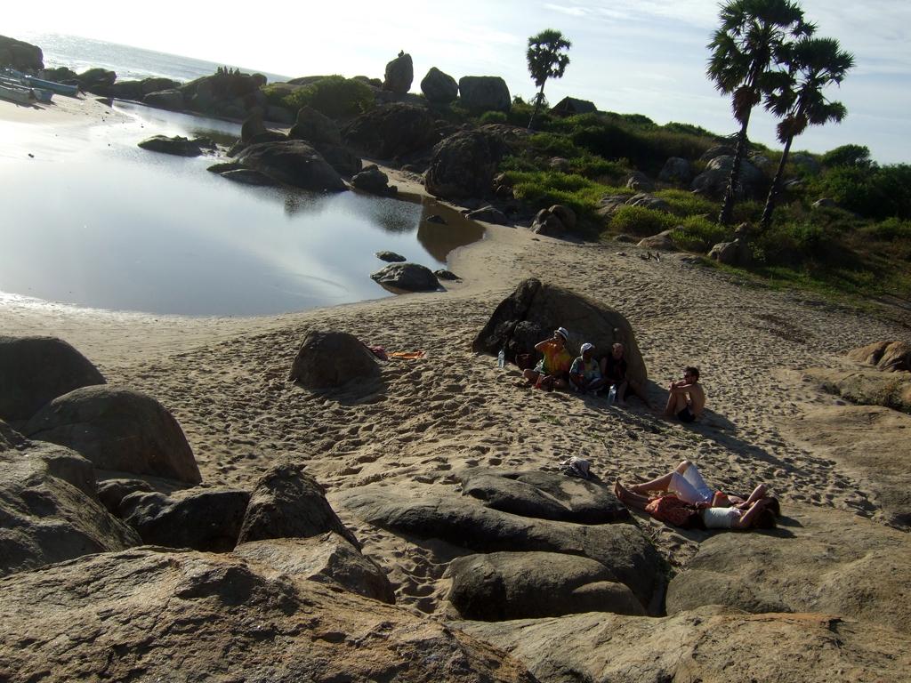 Пляж Поттувиль Поинт в Шри-Ланке, фото 1