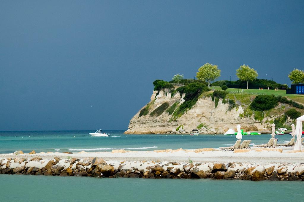 Пляж Сани в Греции, фото 3