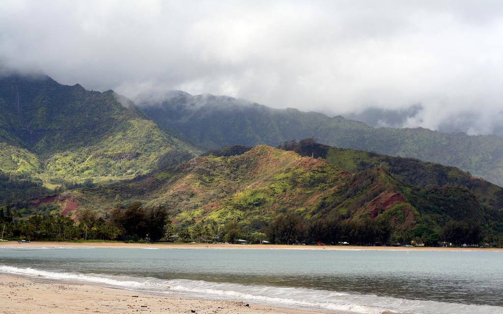 Пляж Ганалеи Бэй в США, фото 9