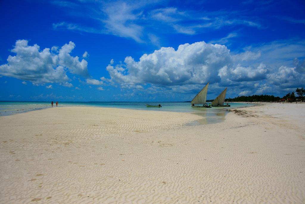 Пляж Кивенгва в Занзибаре, фото 1