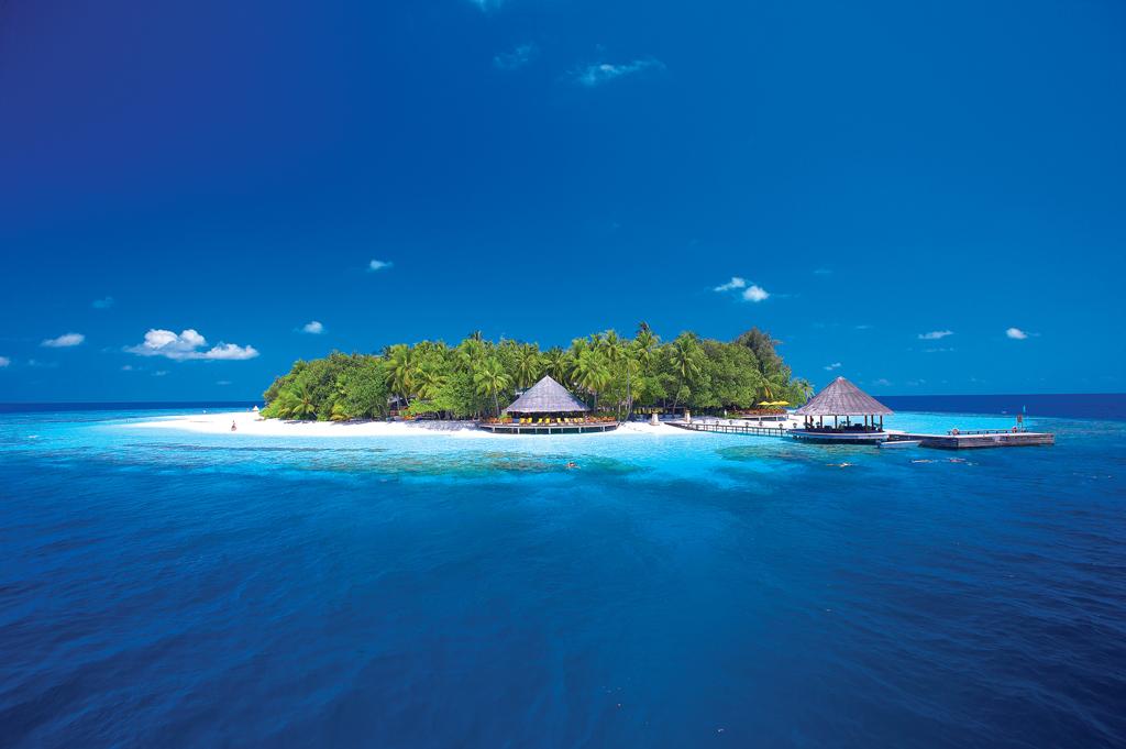 Пляж острова Ихуру на Мальдивах, фото 1