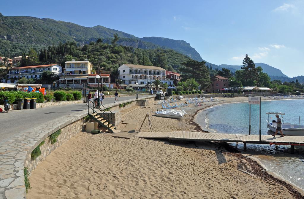 Пляж Палеокастрицы в Греции, фото 5